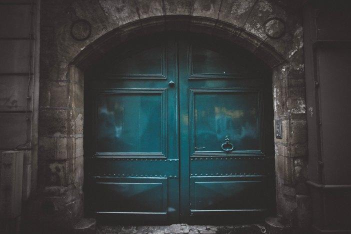 jeremy-bishop-120791 doors
