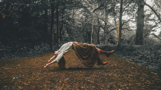 rob-potter-398564 floating woman in forest